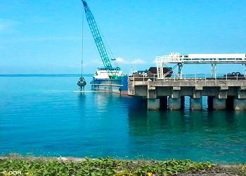http://www.oceaneeringcontractors.com/wp-content/uploads/2017/05/Dredging-Rectification-Works.png