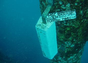 http://www.oceaneeringcontractors.com/wp-content/uploads/2017/05/Installation-Anode-1.png